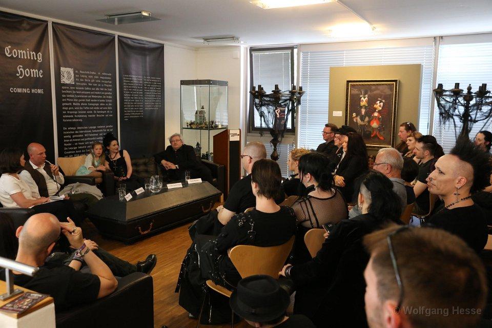 Gespräch über das WGT vlnr: Kerstin Sieblist, Michael Brunner, Jenniffer Hoffert-Karas, Peter Matzke